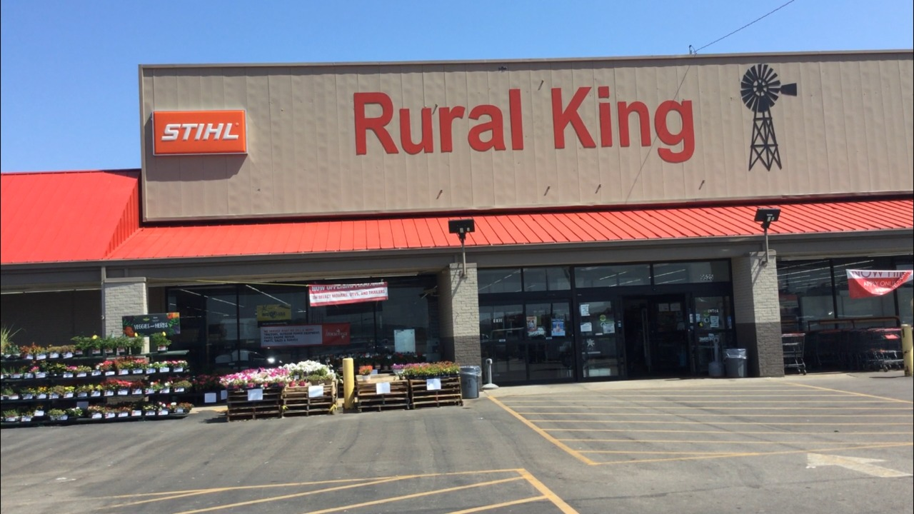 rural-king-hours